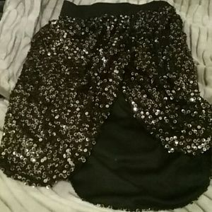 Black and silver cocktail skirt. like new.